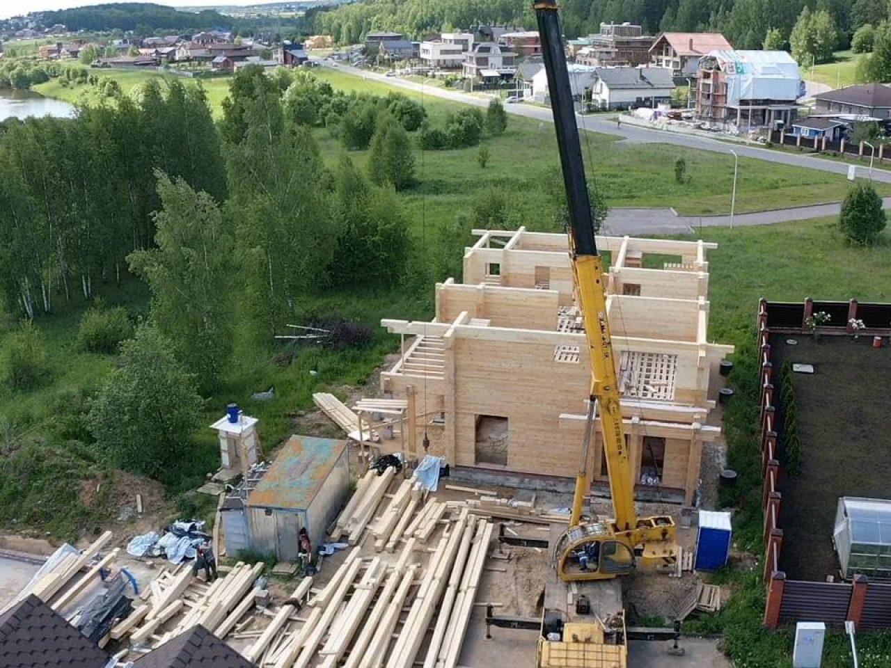 строительстов дома проект Лес и река